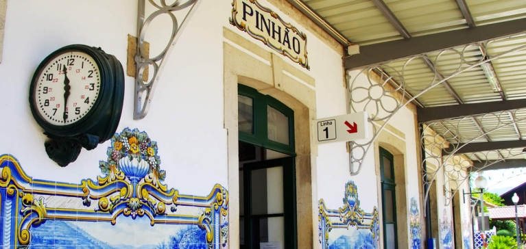 The Pinhão railway station is one of the most beautiful in Portugal and the tiles that decorate it are linked to the history of Port Wine!